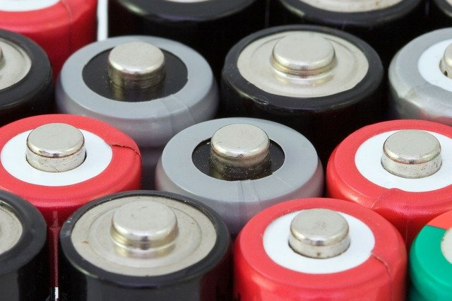 Disposal methods for lithium-ion batteries
