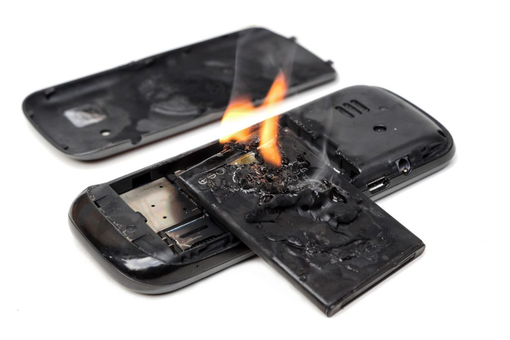mobile phone rechargeable battery explodes and caught on fire due to overheating